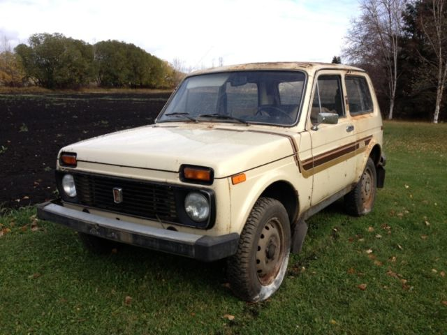 1982 lada niva 1600 4x4 barn find only 31 000 original miles classic other makes lada niva. Black Bedroom Furniture Sets. Home Design Ideas