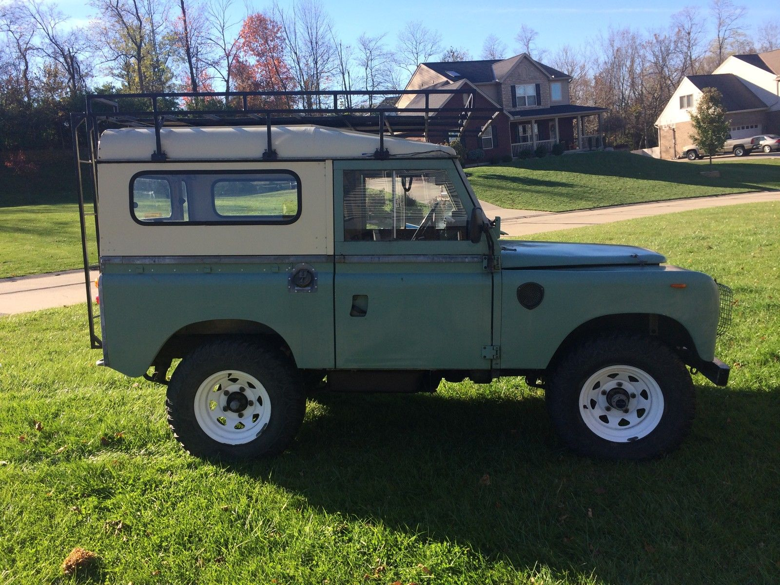 1982 land rover series 3 model 88 diesel pre defender. Black Bedroom Furniture Sets. Home Design Ideas
