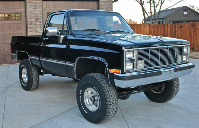 1983 chevrolet 4x4 shortwide bed lifted