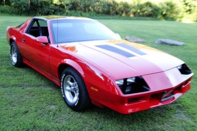 1983 Chevy Camaro Z28 383 5 speed rust free, restored t ...