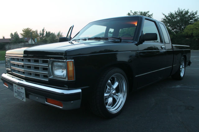 1983 chevy chevrolet s10 v8 700r4 extended cab classic. Black Bedroom Furniture Sets. Home Design Ideas