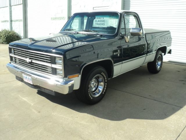 1984 chevy c 10 silverado pickup truck classic chevrolet c 10 1984 for sale. Black Bedroom Furniture Sets. Home Design Ideas
