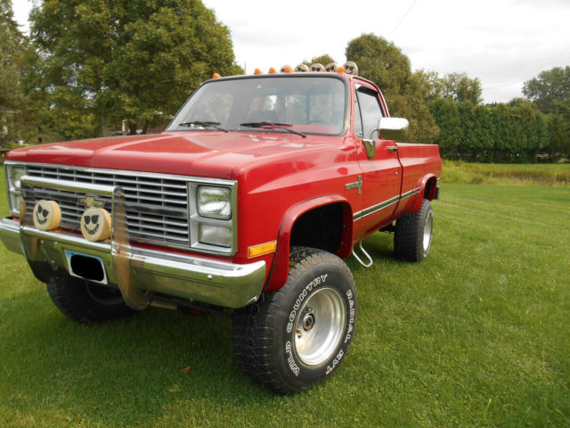 1984 chevy custom deluxe 3 4 ton 350 v8 4 barrel 4x4 truck classic chevrolet c k pickup 2500. Black Bedroom Furniture Sets. Home Design Ideas