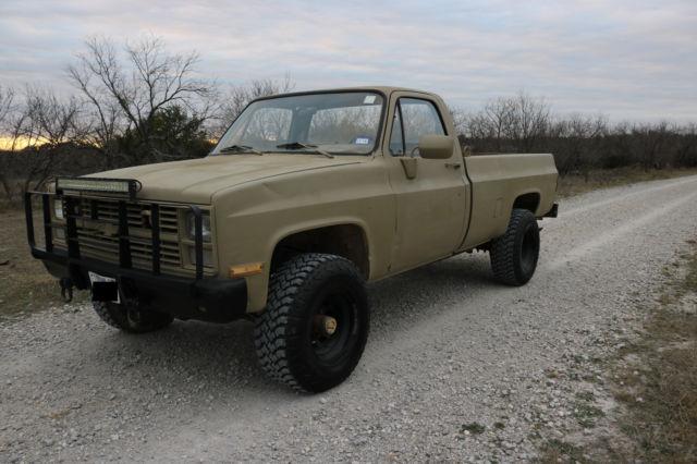 1984-cucv-chevy-d30-4x4-diesel-1.jpg