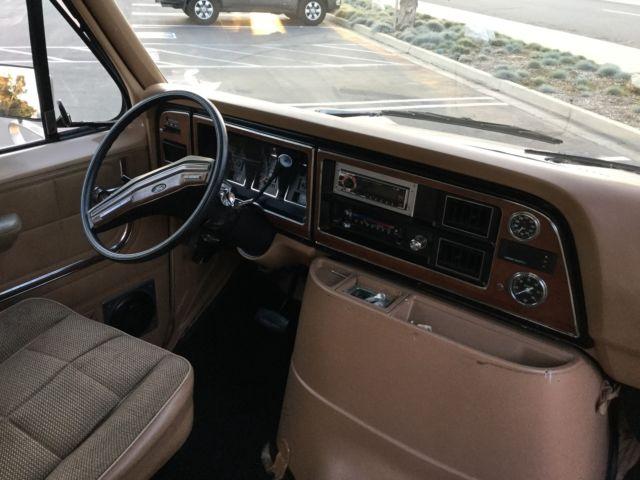 1984 Ford Econoline Van Vintage Econoline Club Wagon