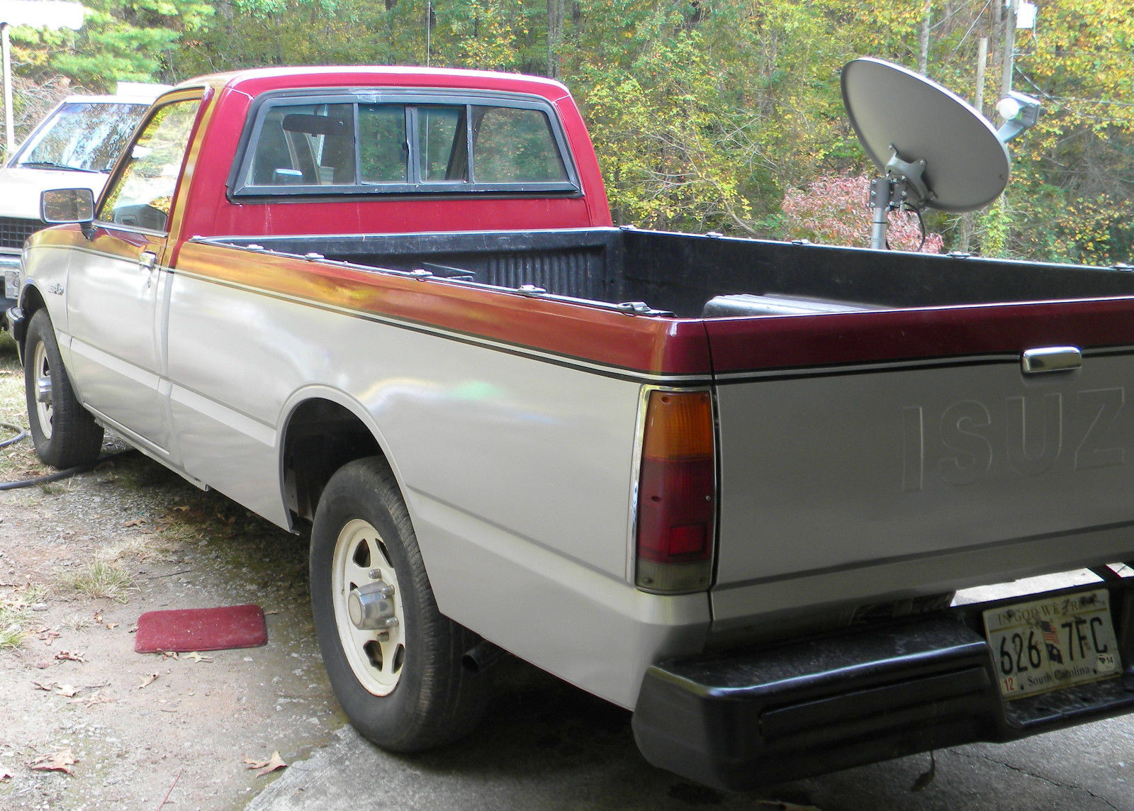 1984 isuzu pup 2 2 diesel ls pickup truck 5 speed. Black Bedroom Furniture Sets. Home Design Ideas
