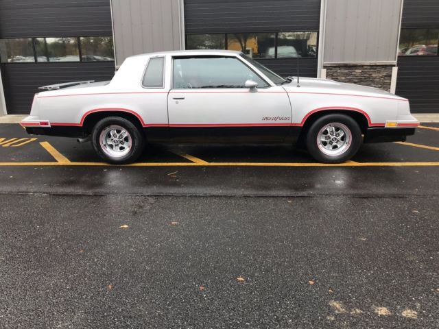 1984 Oldsmobile Hurts 442 Very Clean Lightning rod shifter 1