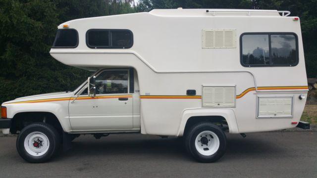 1984 Toyota Motorhome 4x4 22r 5spd sunrader 21ft 63,xxx