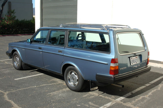 1984 volvo 240 wagon gl classic volvo 240 1984 for sale. Black Bedroom Furniture Sets. Home Design Ideas