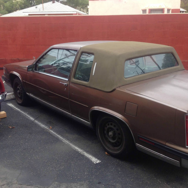 1985 Cadillac Fleetwood Base Coupe 2-Door 4.1L NICE!! ONLY