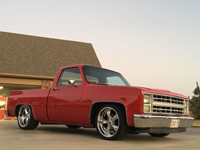 1985 Chevrolet C10 Custom Restomod Lowered Dropped Chevy
