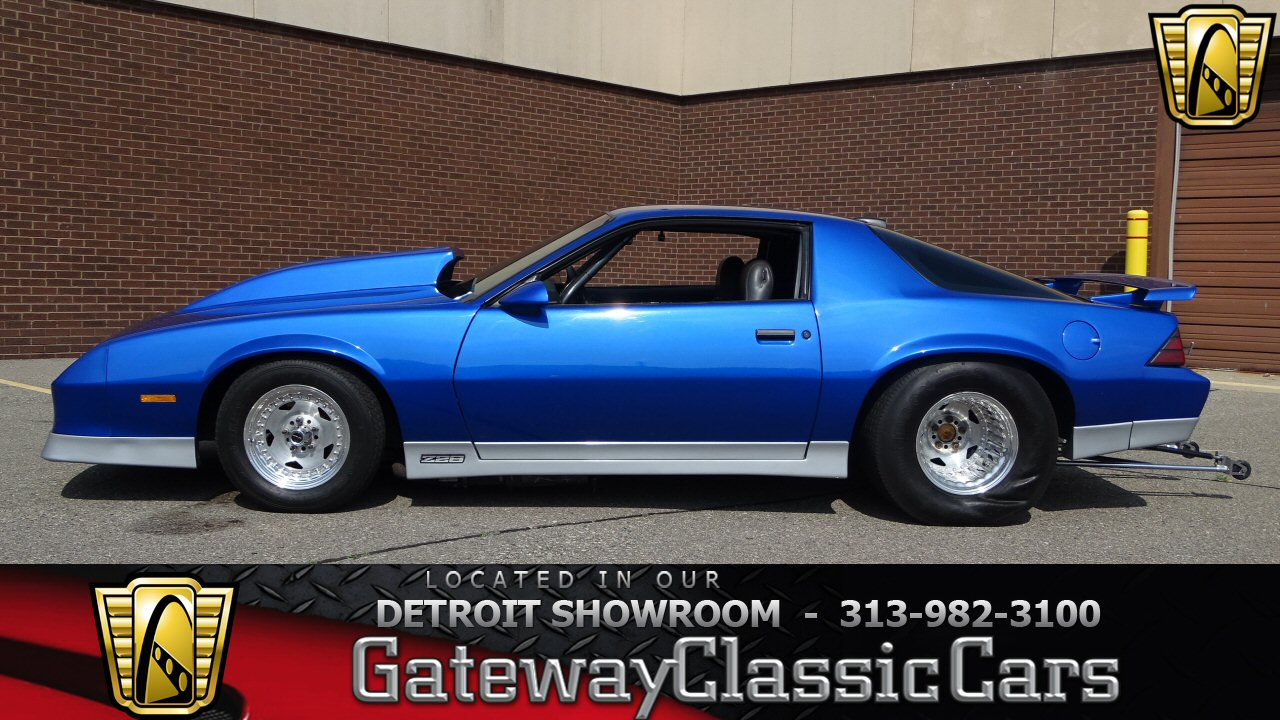 1985 chevrolet camaro 31000 miles blue coupe 572 cid v8 3. Black Bedroom Furniture Sets. Home Design Ideas
