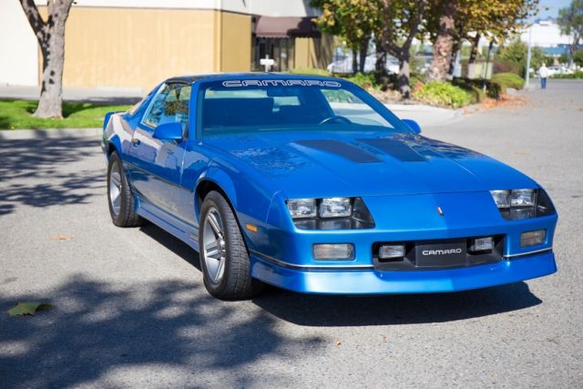 1985 Chevrolet Iroc Camaro Blue Chevy Iroc Z Very