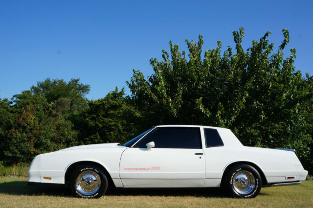1985 chevy monte carlo ss nascar super sport show car 350 v8 rwd cold ac classic chevrolet. Black Bedroom Furniture Sets. Home Design Ideas