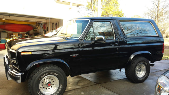1985 ford bronco 4 wheel drive automatic mint condition clear title stock nice classic ford. Black Bedroom Furniture Sets. Home Design Ideas