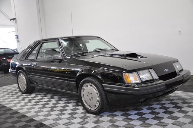 1985 ford mustang svo black grey leather 5 speed manual. Black Bedroom Furniture Sets. Home Design Ideas