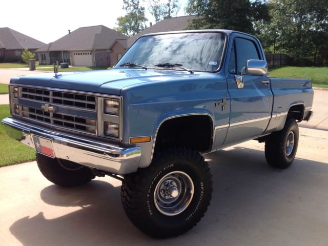 1985 k10 swb chevy silverado 350 4x4 complete restoration unbelievable classic chevrolet. Black Bedroom Furniture Sets. Home Design Ideas