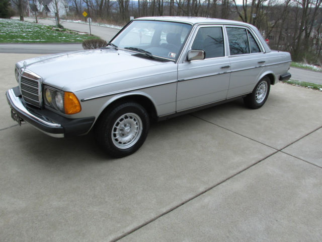 1985 mercedes 300 turbo diesel sedan classic mercedes for Mercedes benz 300 diesel