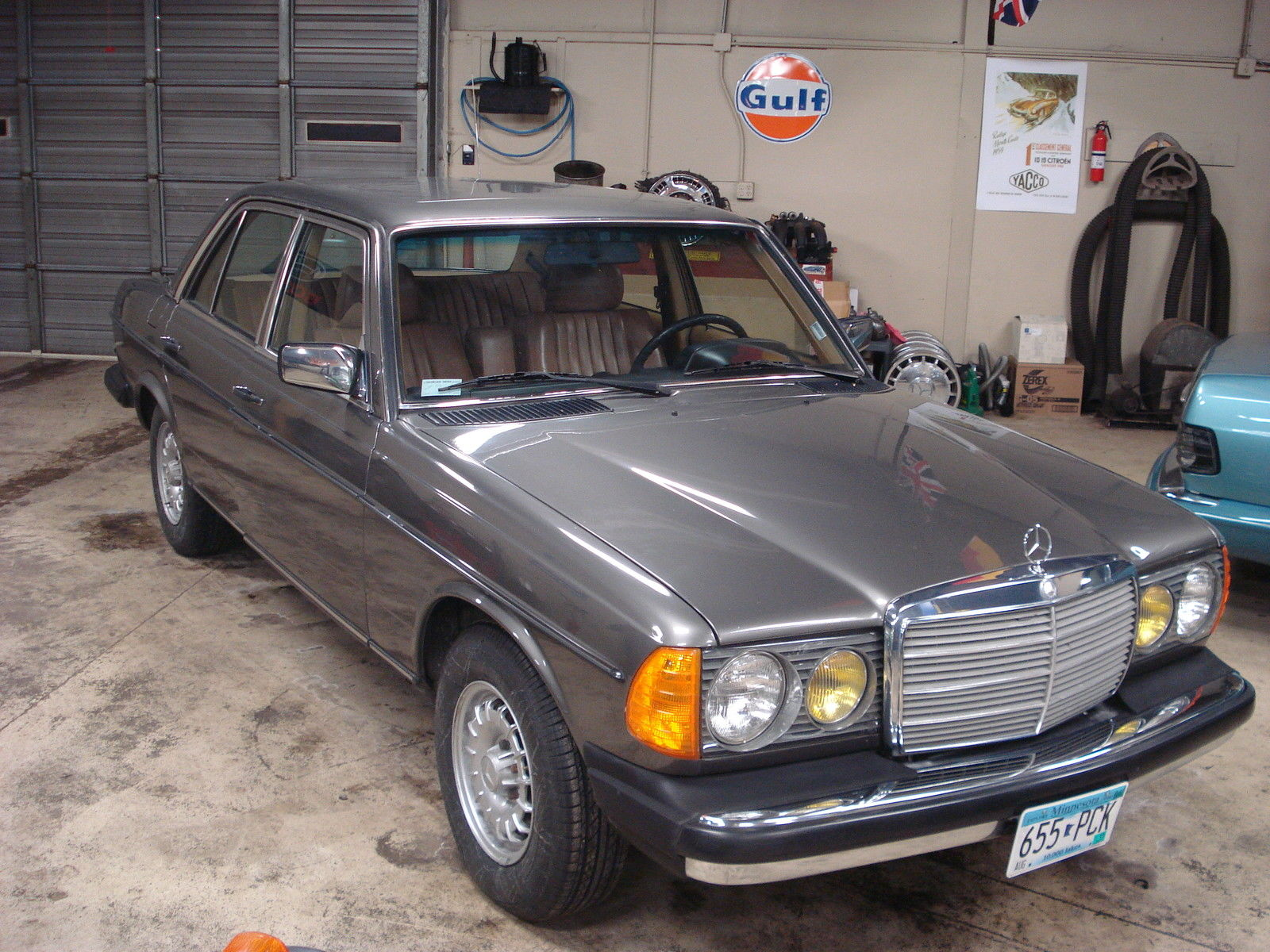1985 mercedes 300d turbo diesel anthracite grey with for Mercedes benz 300 diesel