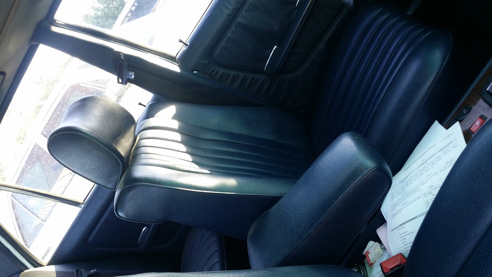 1985 mercedes 300d turbo white with blue interior loaded sunroof classic mercedes benz 300. Black Bedroom Furniture Sets. Home Design Ideas