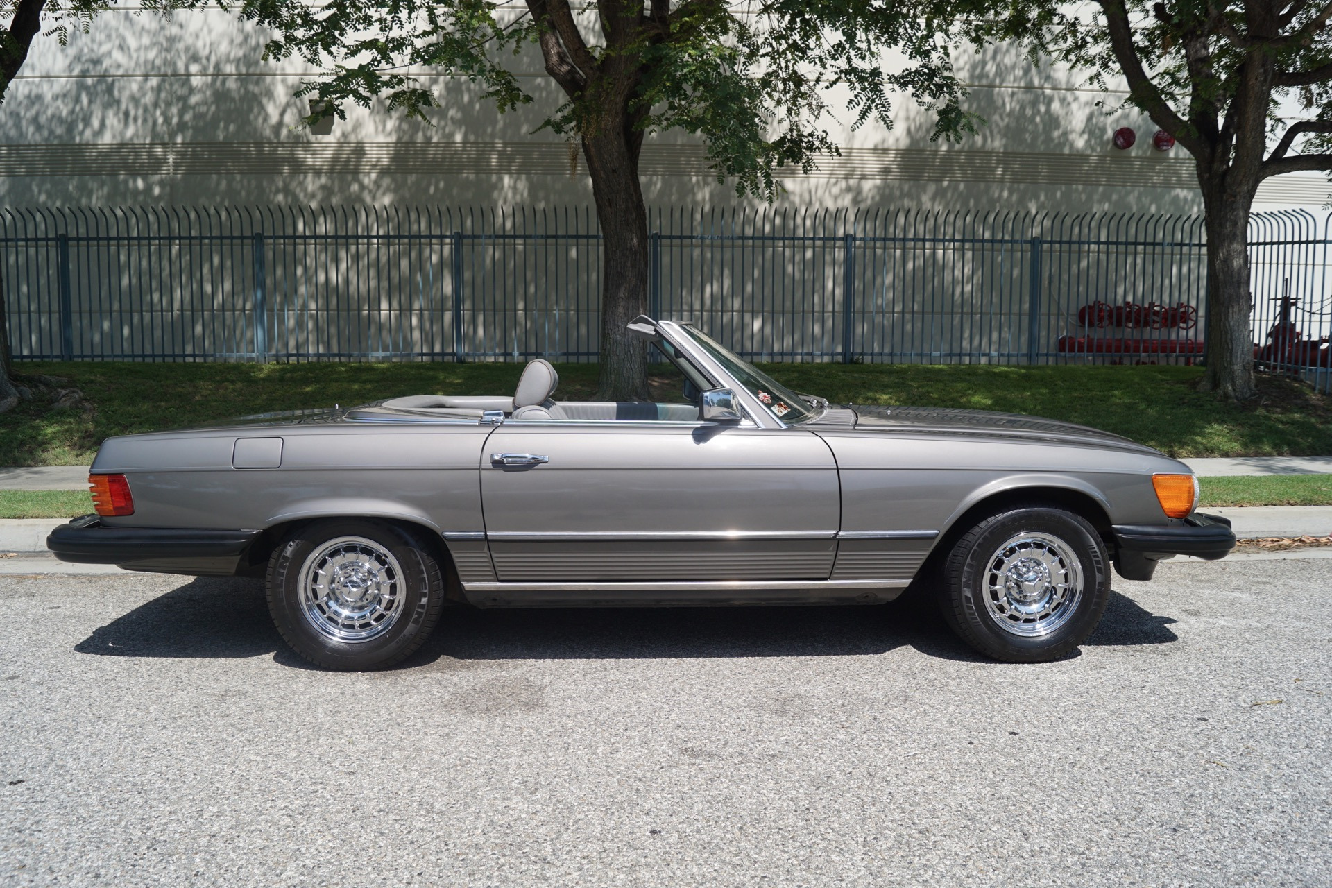 1985 mercedes benz 380 class for sale classic mercedes for Mercedes benz 300 series