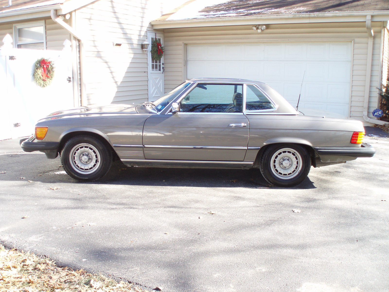 1985 mercedes benz 380sl charcoal gray low mileage garaged for Mercedes benz mileage