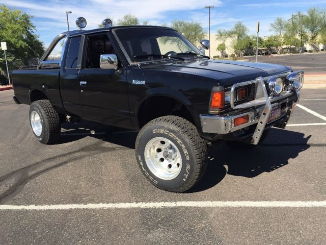 additionally Maxresdefault besides Img moreover Nissan Datsun X Wd St Model Truck Pickup moreover Ebay. on 1985 nissan 720 king cab 4x4