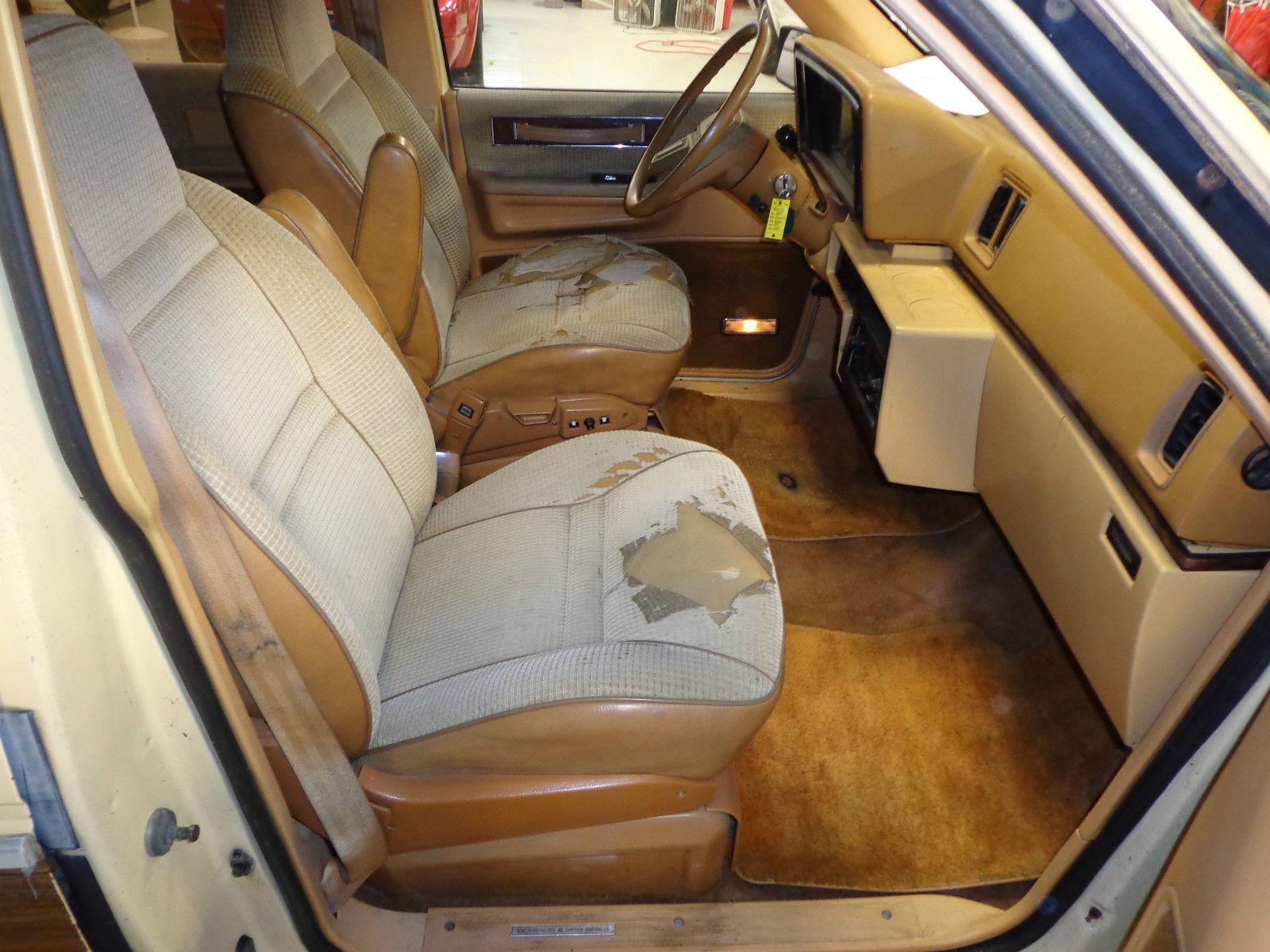 1985 Plymouth Voyager Le Mini Passenger Van 3 Door 2 6l
