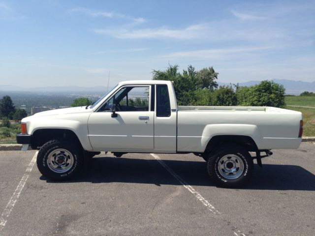 1985 toyota 4x4 extra cab pick up hilux classic toyota other 1985 for sale. Black Bedroom Furniture Sets. Home Design Ideas