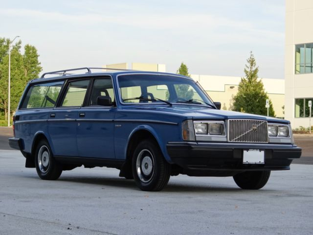 1985 volvo 245 dl wagon classic volvo 240 1985 for sale. Black Bedroom Furniture Sets. Home Design Ideas