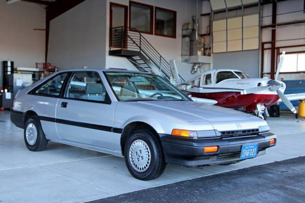 honda accord dx hatchback  door  classic honda accord   sale