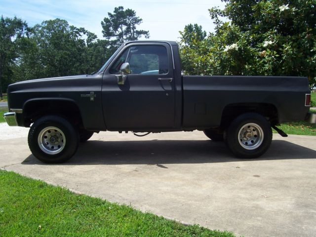 Rhino Truck Bed Liner >> 1986 CHEVROLET C10 SQUARE BODY SHORT BED 4X4 RUST FREE AWESOME TRUCK NEW TIRES - Classic ...