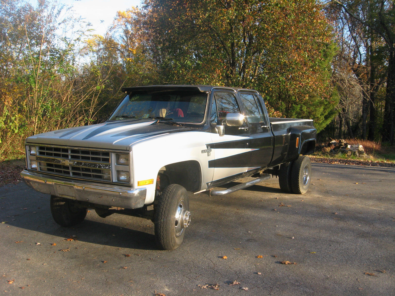 1986 chevy 1 ton dually crew cab lifted 4x4 pick up classic chevrolet silverado 3500 1986 for sale. Black Bedroom Furniture Sets. Home Design Ideas