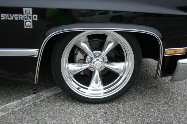 American Classic Wheels For Sale Of 1986 Chevy C10 Swb Air Ride 20 American Racing