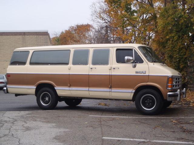 1986 Dodge Extended Length Passenger Window Van Classic