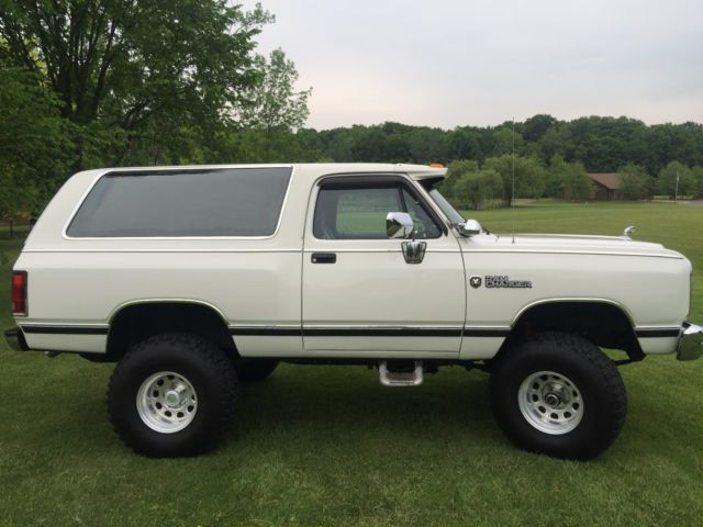 1986 Dodge Ramcharger Le 4x4 Classic Dodge Ramcharger