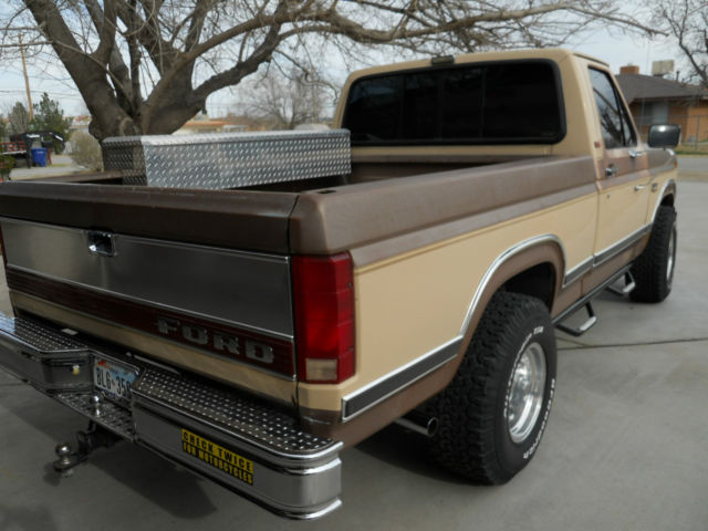 S L also Ford F Xlt Lariat X L in addition G A B E D F Fa D Grande further Ford F Raptor Supercrew Front End in addition Mustang Door. on 86 ford 4 door truck