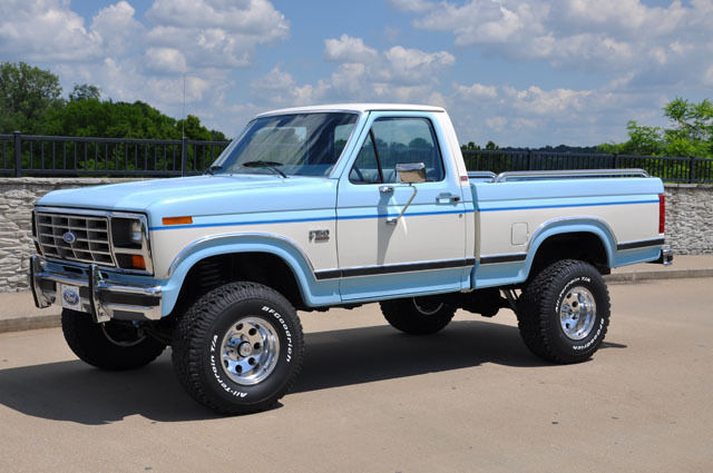 1986 Ford F150 XLT Lariat 4x4 Short Bed One owner 81,000 ...