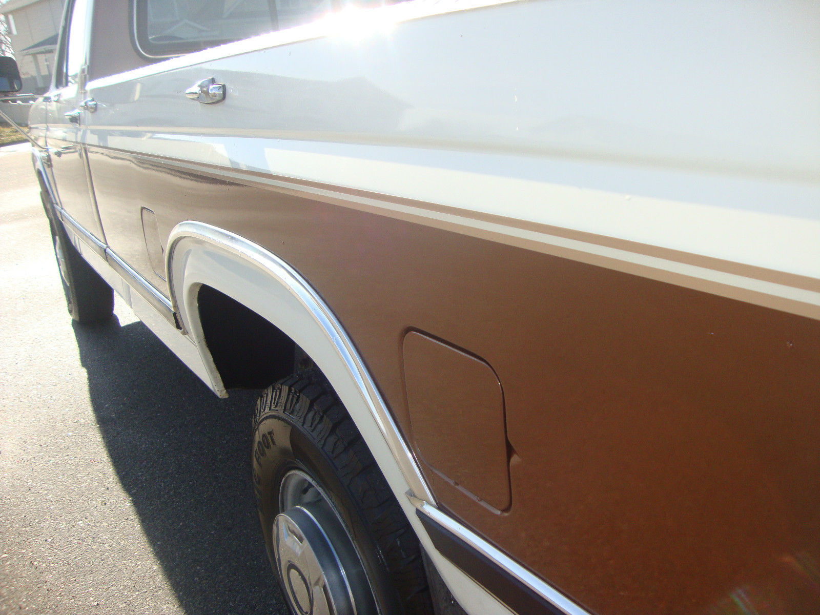 1986 Ford F250 Brown And White 4x4 Very Clean Nice No Rust 1955 F100 Prevnext