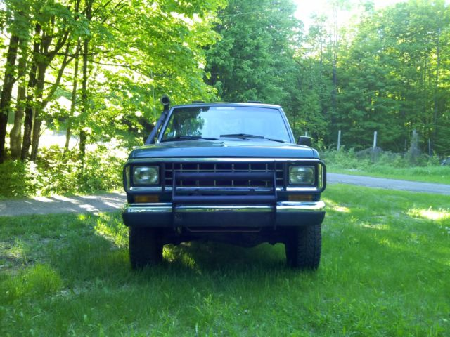 1986 Ford Ranger Truck Bronco Ii Frame  4x4 Custom  Very