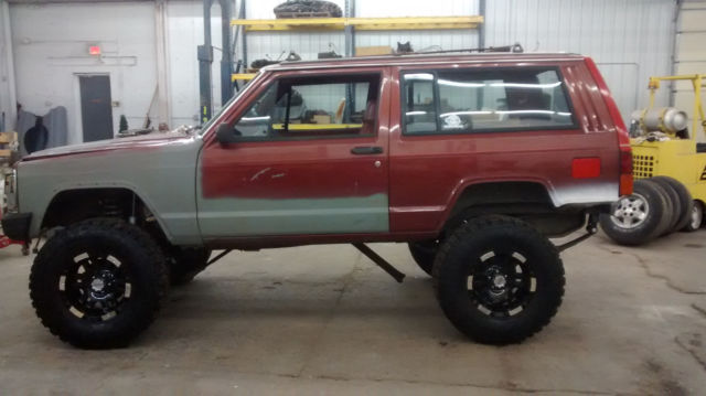 1986 jeep cherokee 2 door lifted v8 conversion project truck classic jeep cherokee 1986 for sale. Black Bedroom Furniture Sets. Home Design Ideas
