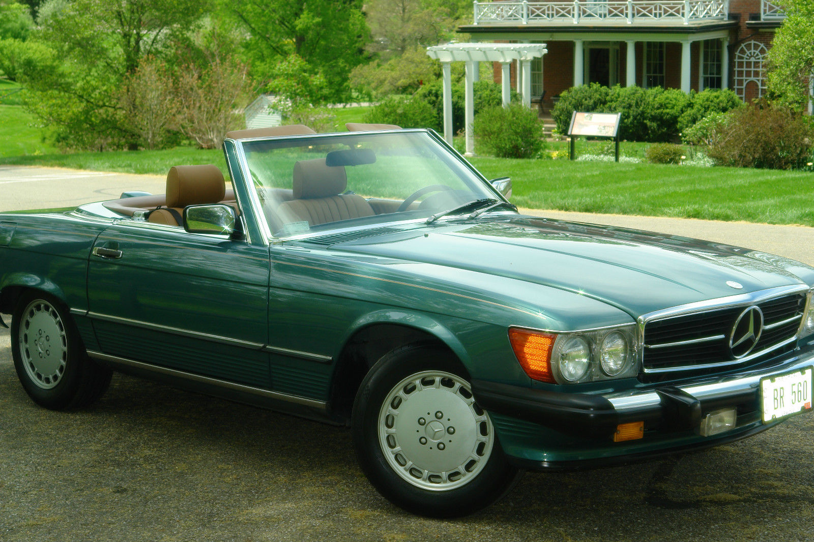 1986 mercedes benz 560sl it is fully restored classic for Mercedes benz 1986