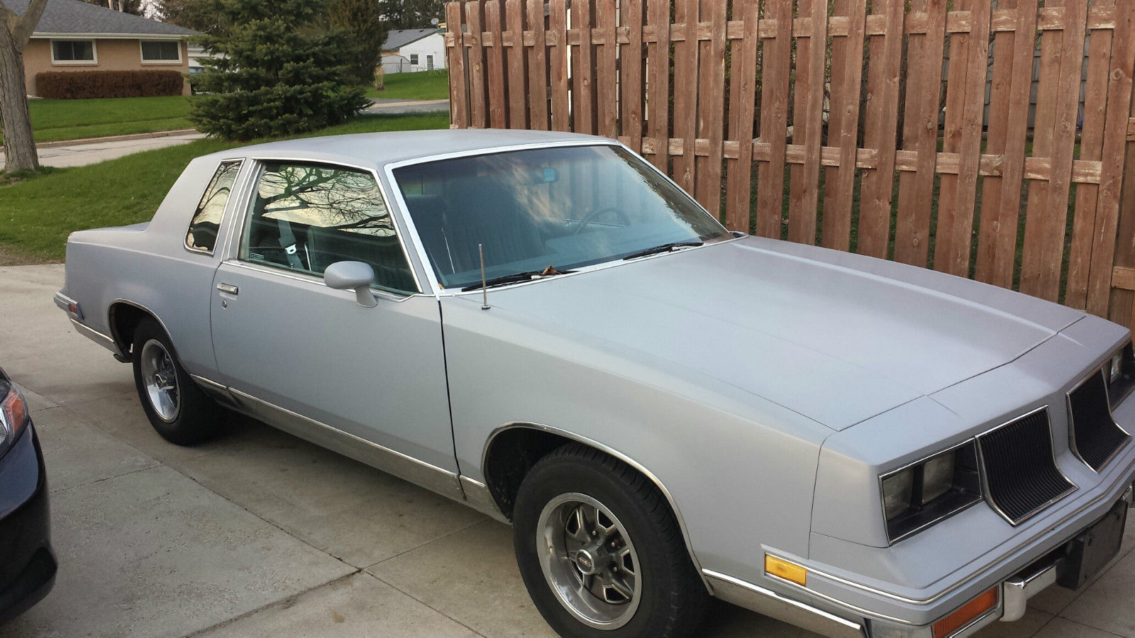 1986 oldsmobile cutlass salon base coupe 2 door 5 0l for 1986 oldsmobile cutlass salon