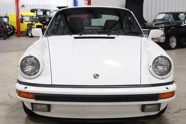 1986 porsche 911 carrera 74678 miles grand prix white coupe 3 2l 6cyl 5 speed ma classic. Black Bedroom Furniture Sets. Home Design Ideas