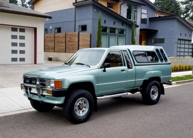 22re Engine For Sale >> 1986 Toyota Pick-up Xtra-Cab SR5 4x4 22RE 4cyl 5-speed ...