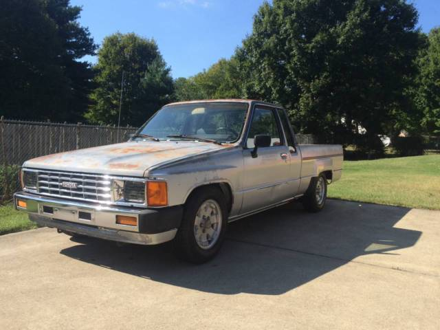 1986 Toyota Pickup SR5 Turbo Extended Cab Pickup 2-Door 2 4L