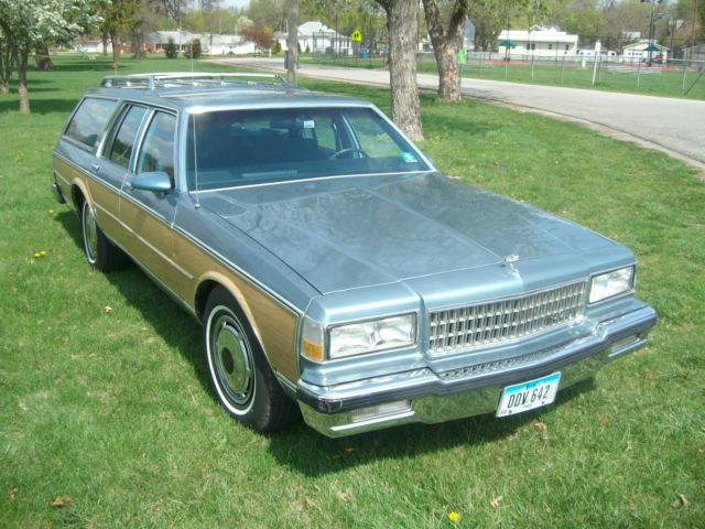 1987 87 Chevy Chevrolet Caprice Estate Station Wagon