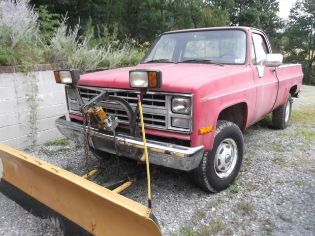 1987 chevrolet 4 x 4 3 4 ton truck w myers plow red 2 door 400 auto trans 350 v8 classic. Black Bedroom Furniture Sets. Home Design Ideas