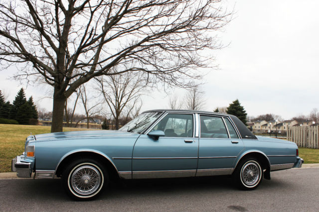 1987 chevrolet caprice classic brougham 5 7l 40k miles. Black Bedroom Furniture Sets. Home Design Ideas