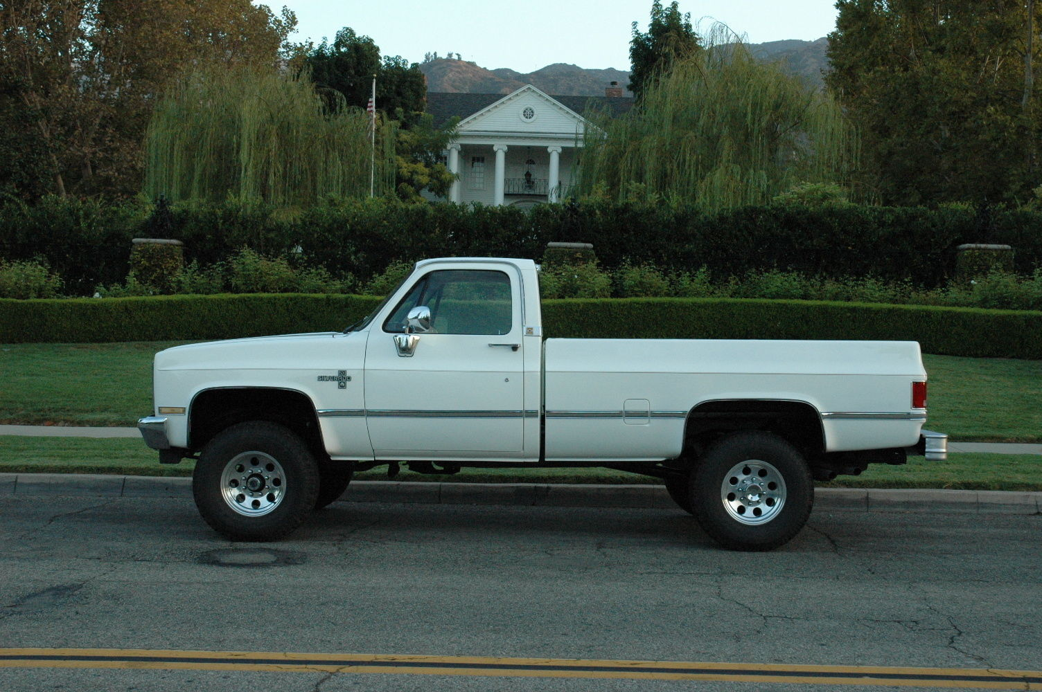 1987 chevy silverado 3 4 ton 4x4 fuel injection truck. Black Bedroom Furniture Sets. Home Design Ideas